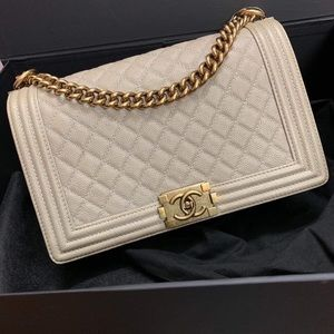Chanel - New Boy Medium, EUC